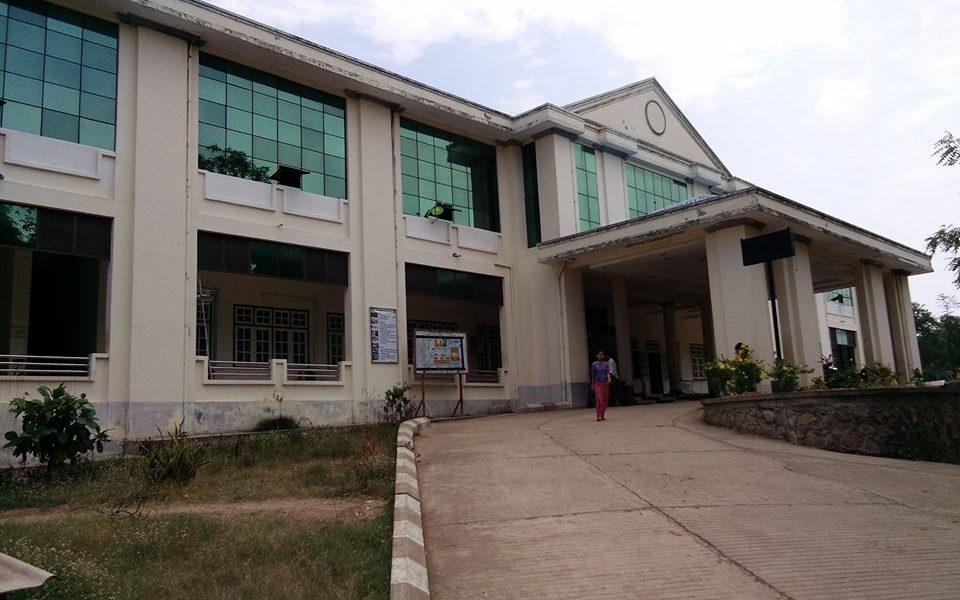 ခုတင်(၂၀၀)ဆံ့ပြည်သူ့ဆေးရုံကြီး နေပြည်တော်ပျဉ်းမနားမြို့